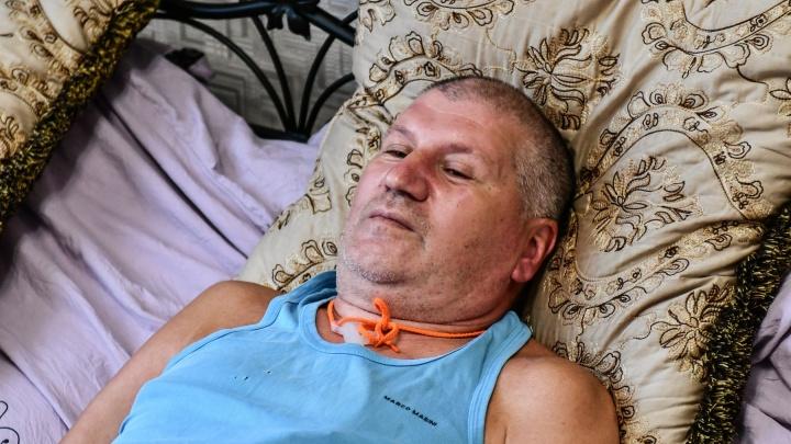 «Осталось полтора года». Как живет бизнесмен в Екатеринбурге с редкой смертельной болезнью
