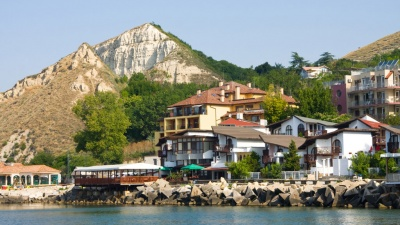 Отпуск в пандемию: правила въезда в Болгарию в 2021 году
