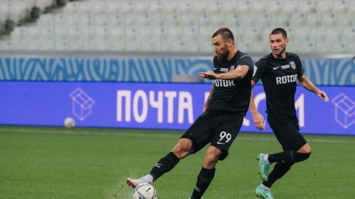 Как жаль, что за нас не сыграет: футболист волгоградского «Ротора» вызван в национальную сборную
