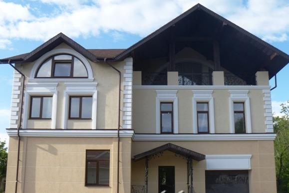 Здание раньше принадлежало компании, которая построила дом, где сейчас живет губернатор Евгений Куйвашев