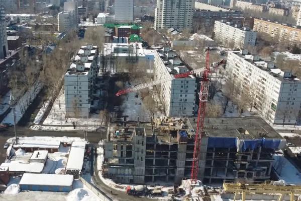 Строители уже возвели 5 этажей