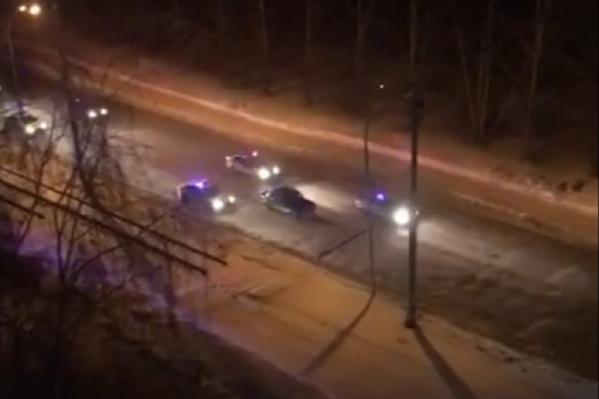 За машиной гнались сразу семь экипажей полиции