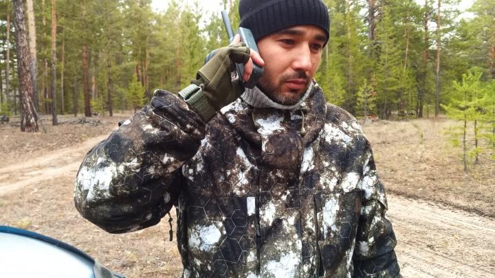 В новом сезоне охотники будут на связи с помощью спутникового телефона