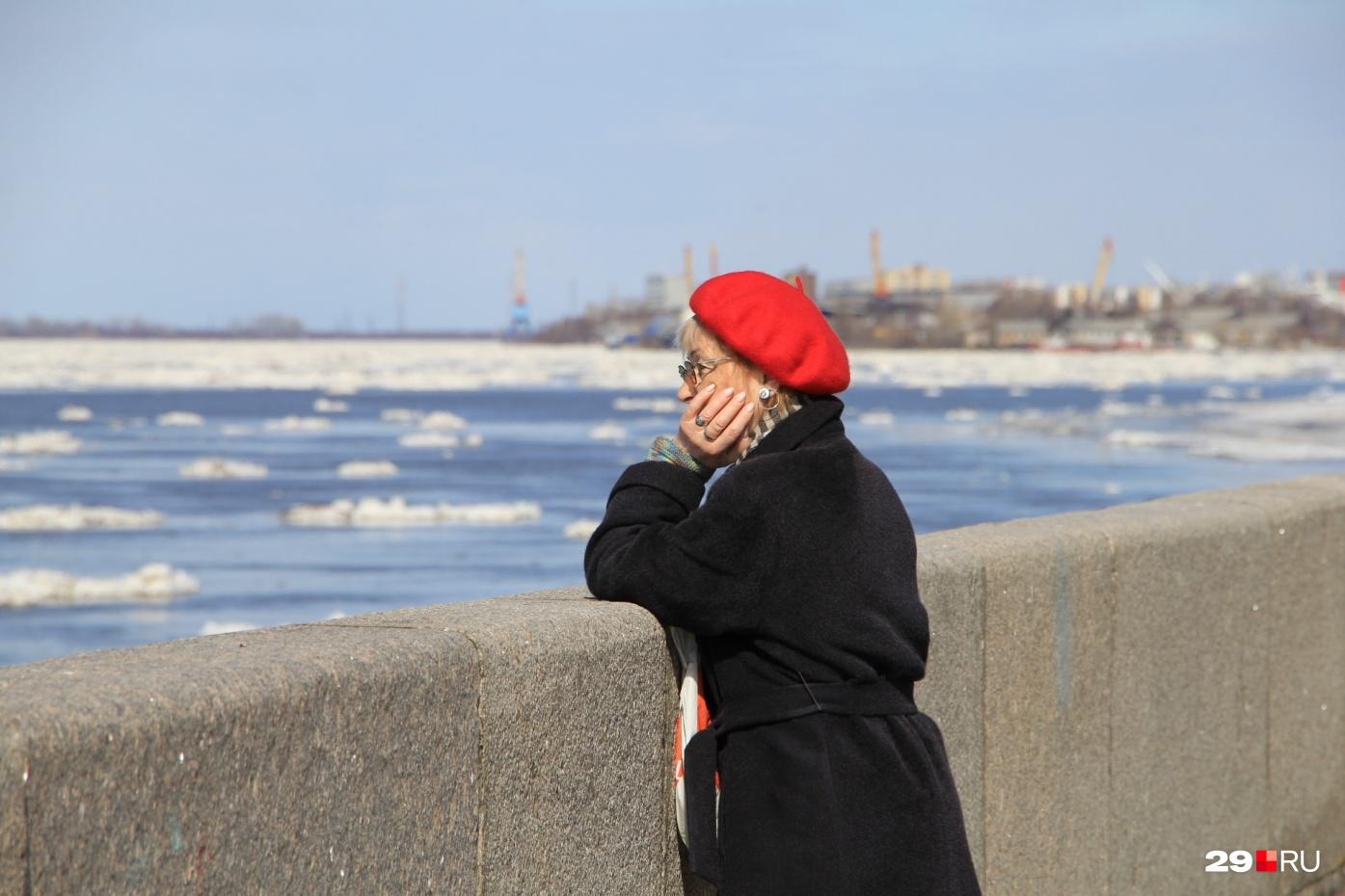 """По данным ученых, температуры в среднем по России за январь — август в 2020 году были на <nobr class=""""_"""">3,7 °C</nobr> выше среднего и на <nobr class=""""_"""">1,5 °C</nobr> выше предыдущего рекорда, установленного в 2007 году"""