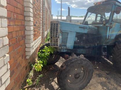 В Зауралье пьяный тракторист устроил погоню с полицейскими