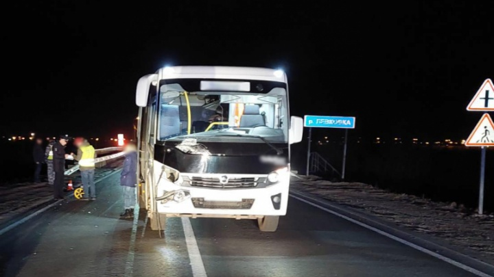 Пешеход погиб под колесами служебного ПАЗа недалеко от Архангельска