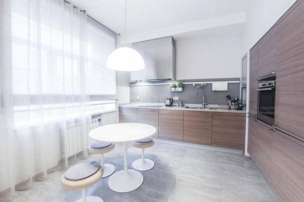 """В наш топ-5 попали квартиры по цене от 16 до <nobr class=""""_"""">38 миллионов</nobr> рублей"""