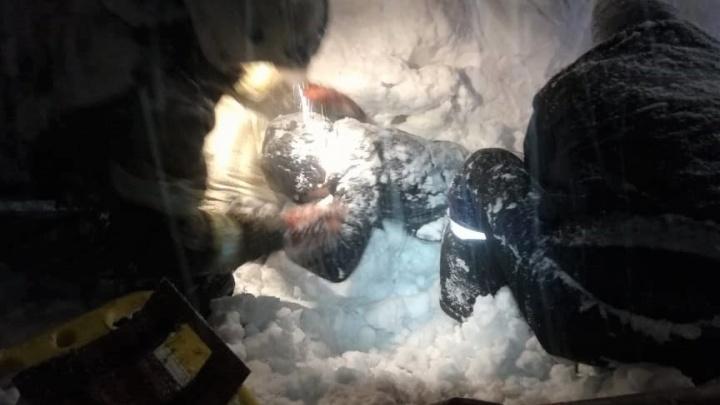 Новокузнечанка провела под снежным завалом 10часов иосталась жива