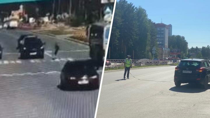 В Свердловской области 80-летняя женщина за рулем кроссовера сбила ребенка на пешеходном переходе