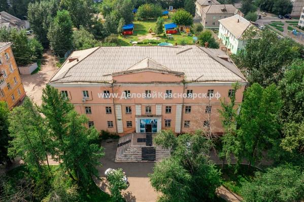 Здание продают за 50 миллионов рублей