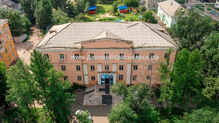 Возле ХМЗ продают 60-летнее здание Дома техники за 50 миллионов рублей