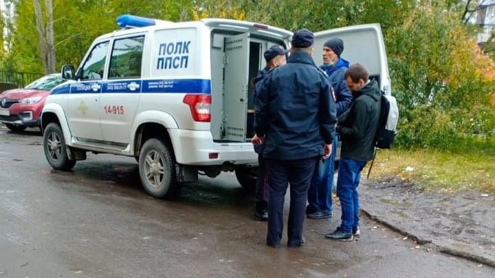 В Екатеринбурге полиция задержала подозреваемых в скупке голосов на выборах