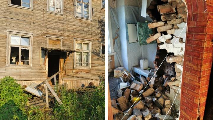 Семьи из сошедшего со свай дома на Бревеннике обратились за маневренным жильем