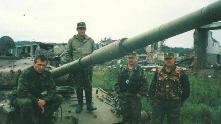 «Их 70, а нас 9. Не по правилам»: Герой России из Екатеринбурга рассказывает о Чеченской войне простыми словами