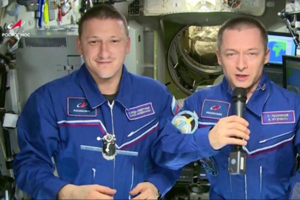 """Космонавты поприветствовали участников КЭФ <nobr class=""""_"""">с борта МКС</nobr>"""