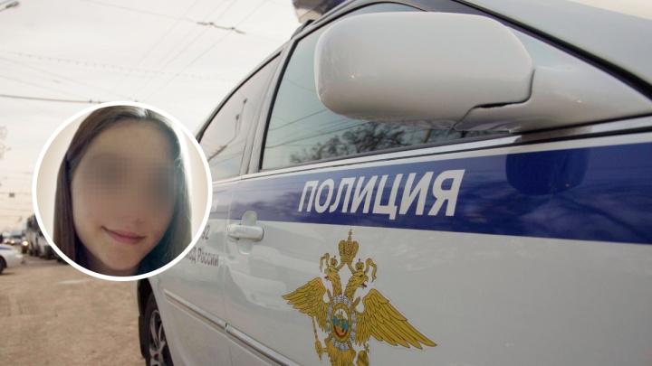 «Пошла гулять»: версии правоохранителей и матери о пропаже 16-летней девушки в Дзержинске разошлись