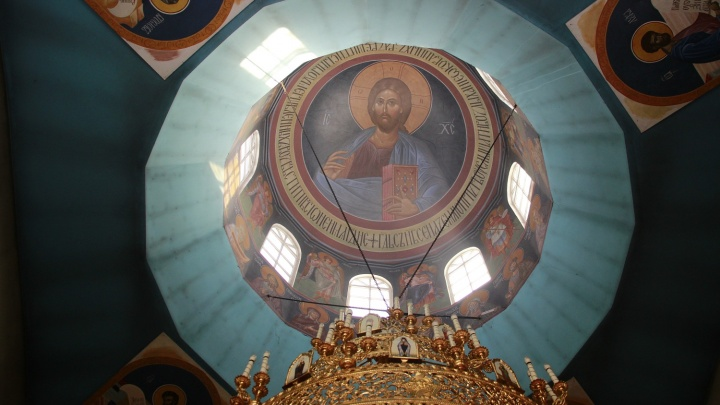 Омская епархия попросила вырубить 30деревьев вСквере Молодожёнов для строительства храма