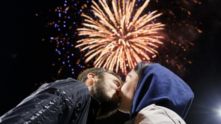 Любовь без тормозов: 14 Февраля летаем на воздушном шаре, рисуем вином и творим всякий другой романтик