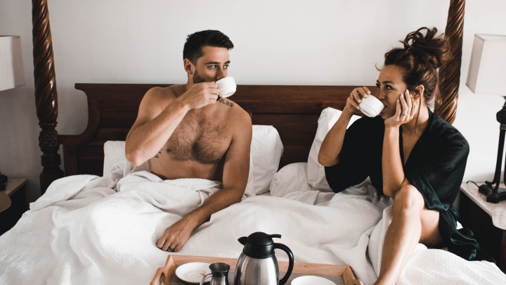 «Выживут только влюбленные»: 5 способов сохранить страсть в паре