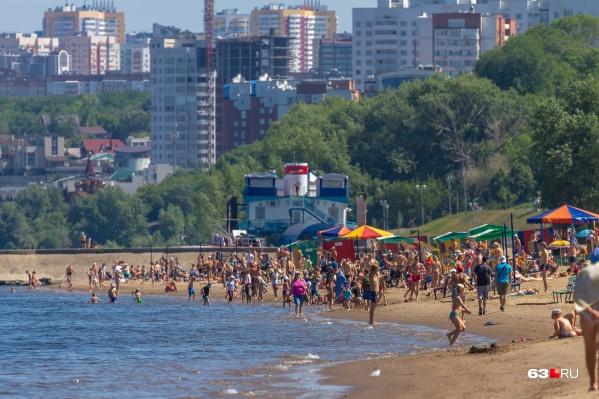 """Общественный пляж, по мнению Натальи, не самое подходящее место<b class=""""_"""">, </b>где можно пускать детей голышом"""