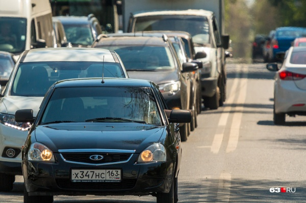 Водителям нужно проявить внимательность, чтобы не встать в пробку