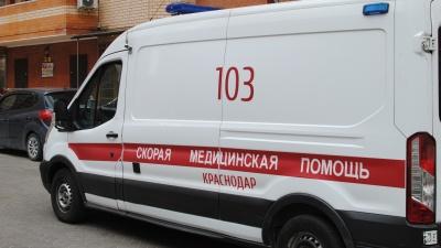 В Краснодаре ребенок выпал из здания ж/д вокзала