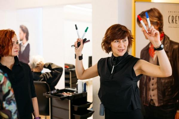 Парикмахер — одна из самых востребованных профессий в индустрии красоты