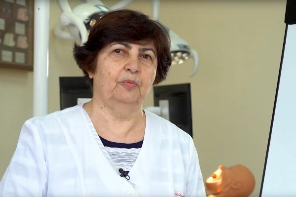 Профессор Елена Маслак дала пять советов по борьбе с кариесом