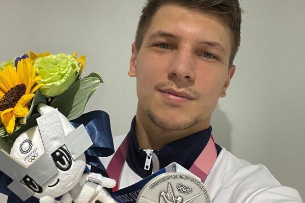 """Несколько лет <nobr class=""""_"""">26-летний</nobr> волейболист играл за кемеровский «Кузбасс»"""