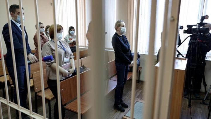 Чиновнице челябинского Минздрава вынесли приговор по делу о взятке за данные больных детей