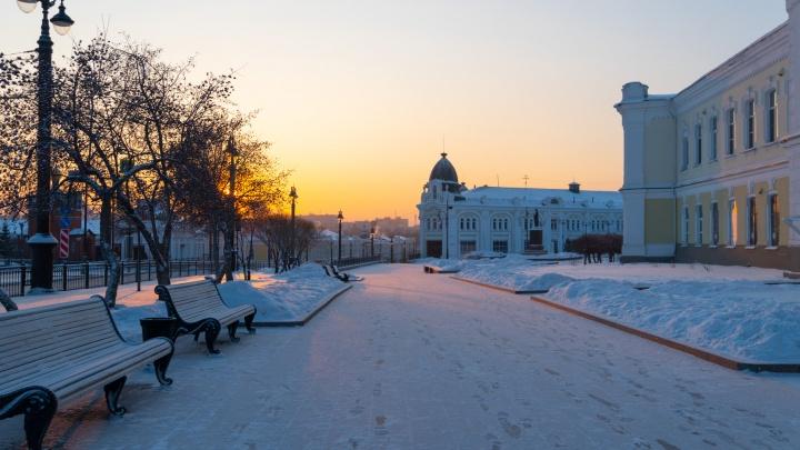 Оглохнуть от тишины: фоторепортаж из пустого Омска
