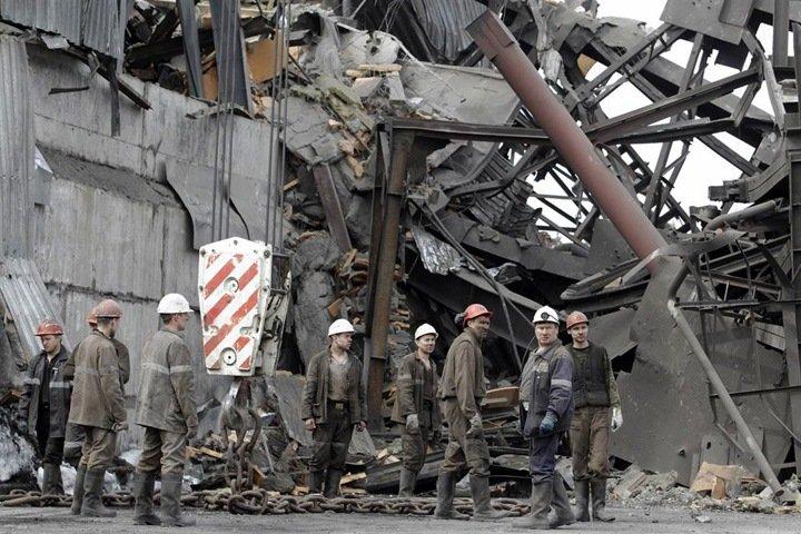 «Горняк идет в шахту и всё понимает»: как авария на «Распадской» изменила жизнь кузбасских шахтеров