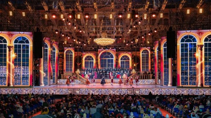 «Классика на Дворцовой», Сукачев, «Чиж & Co»: уральцы окунутся в атмосферу музыкальных шоу Петербурга