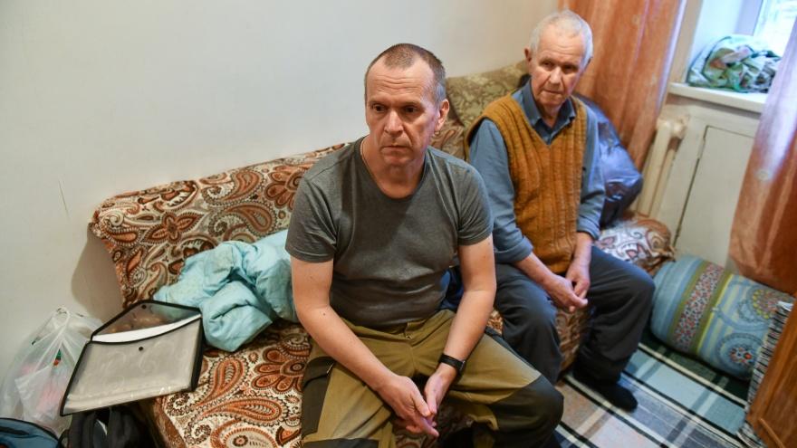 «Я на глубоком дне». Водитель троллейбуса стал бездомным после сотрудничества с «полковником ФСБ»