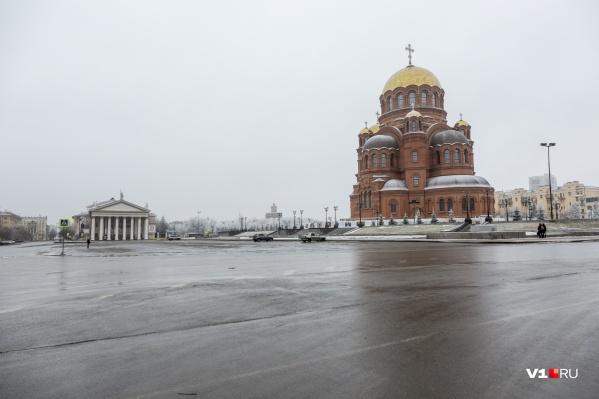 С появлением собора имени Александра Невского главная площадь города никогда не станет прежней