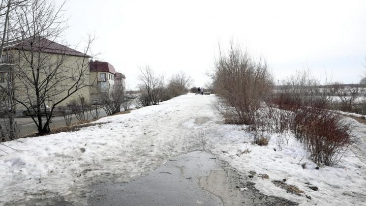 Власти заключили контракт на ремонт набережной на бульваре Солнечном в Кургане
