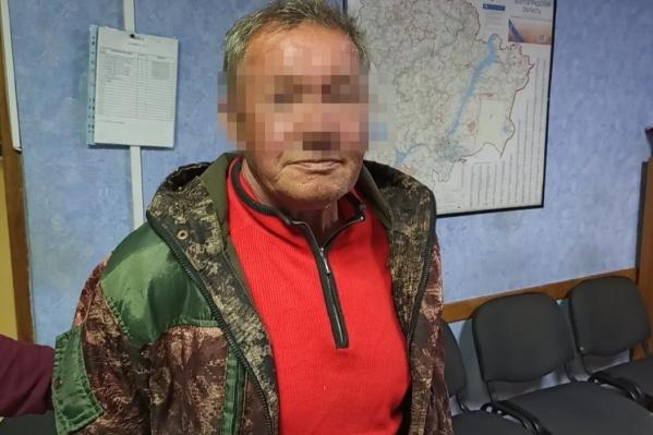 За свои 66 лет мужчина шесть раз побывал за решеткой