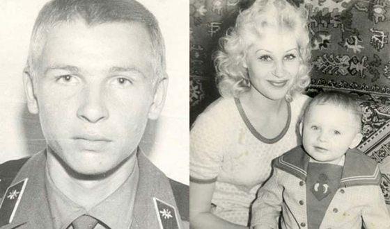 Слева на фото — Владимир Шапкин, справа — Шура с мамой