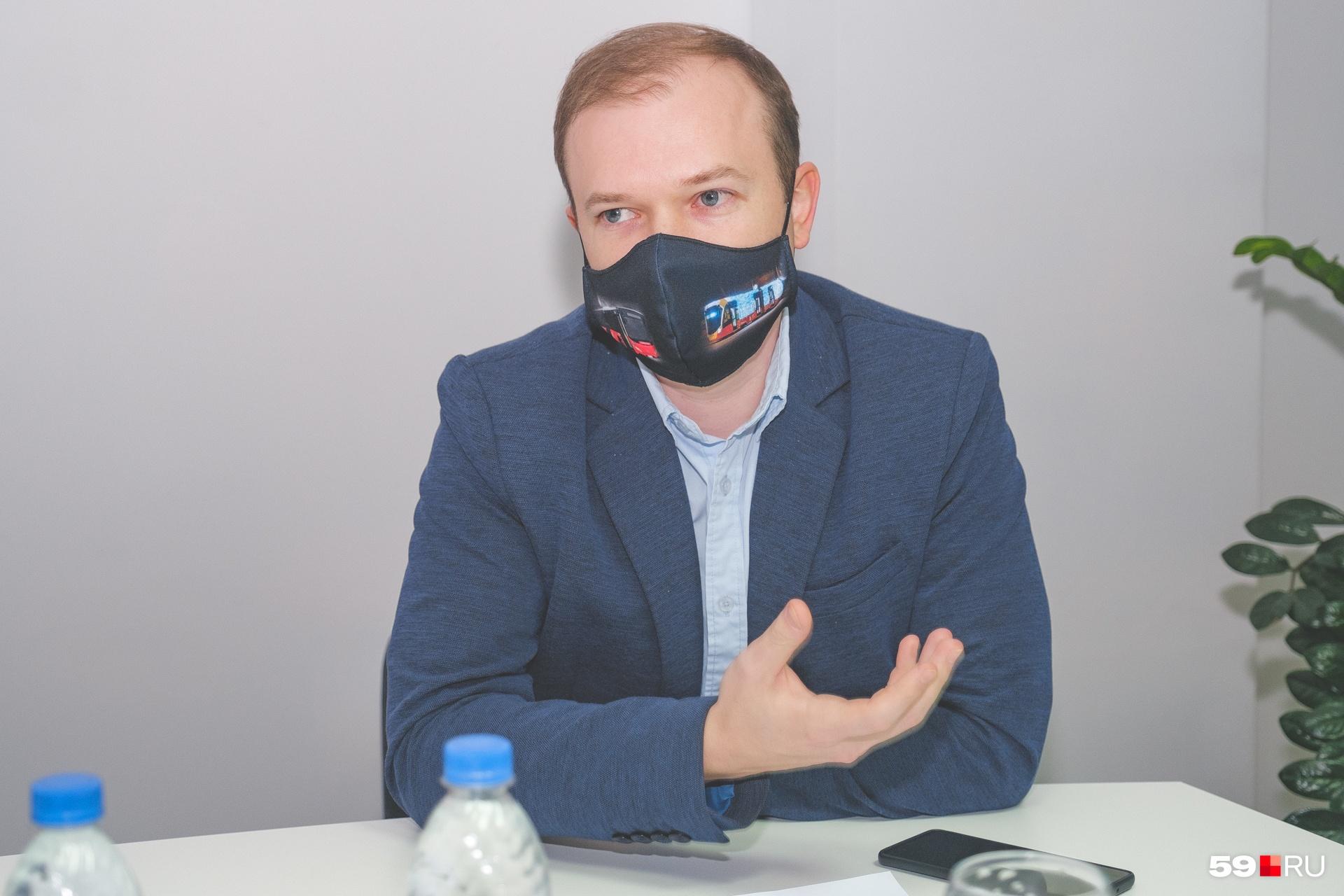 Начальник департамента транспорта администрации Перми Анатолий Путин ответил на вопросы перевозчиков