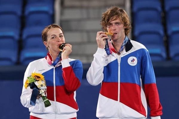 Это первое золото такого уровня в карьере теннисистки