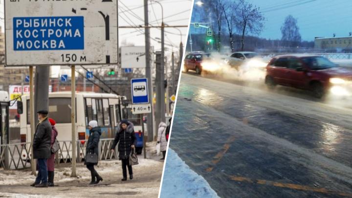 «На дорогах — ледяная корка»: в Ярославле маршруткам приходится тормозить о бордюры