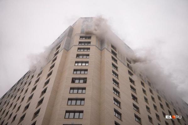 При пожаре никто не погиб, но три человека оказались в больнице