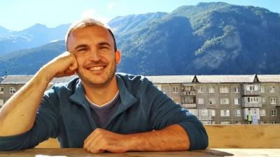 Омич бросил работу и отправился путешествовать. Он отказался от карьеры силовика и больших денег