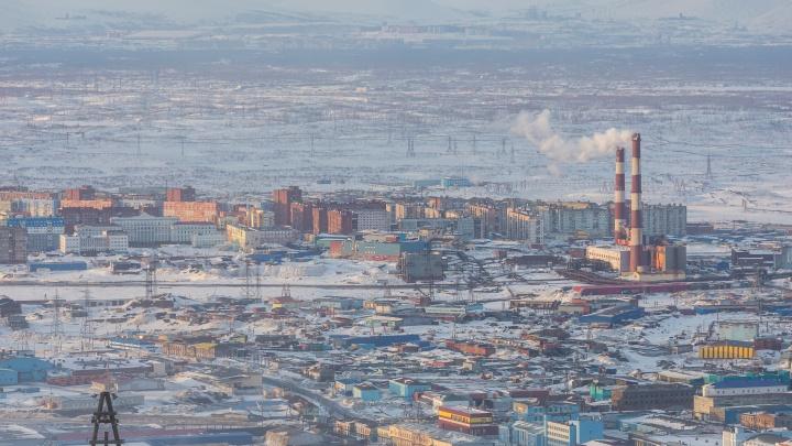 Грязный воздух, вывоз снега и старая инфраструктура: аналитики перечислили главные жалобы норильчан в соцсетях