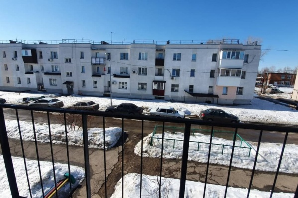В Озёрном у мэрии есть 130 квартир