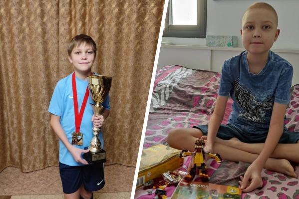 В ходе лечения Илья Доронин похудел, при этом от препаратов сильно отекло лицо, из-за чего мальчик очень переживает