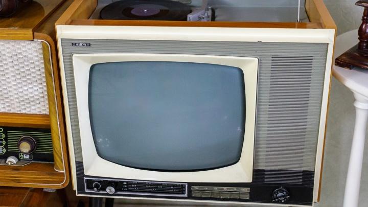 «Кина не будет»: в двух райцентрах Волгоградской области отключат радио и ТВ
