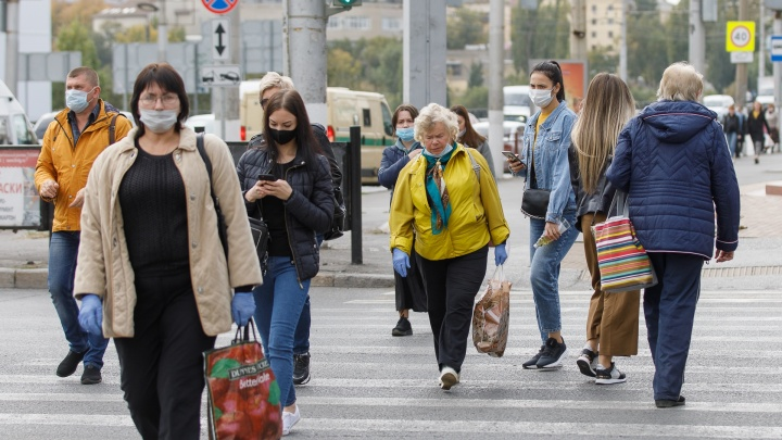 Выходить из дома только при угрозе жизни и здоровью: как изменится жизнь в Волгограде с 12 октября