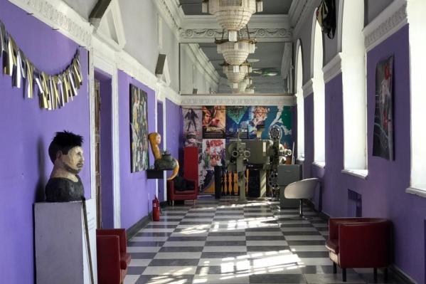 Выставка проработает в «Заре» месяц