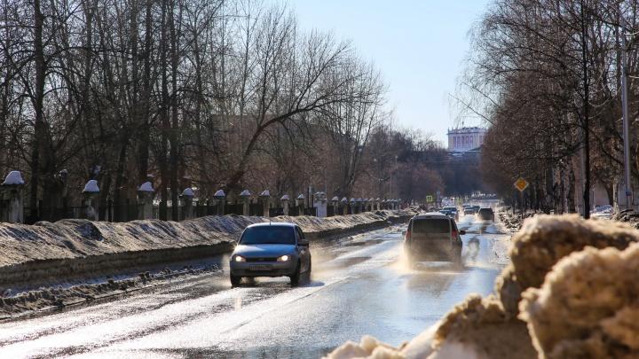 «Мозги стали рыхлыми»: уфимцы возмутились призывом Хабирова чистить остатки снега после зимы